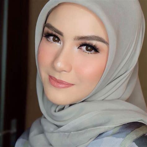 Make Up Pengantin Petty Kaligis 1708 best hijabi muslimah fashion images on