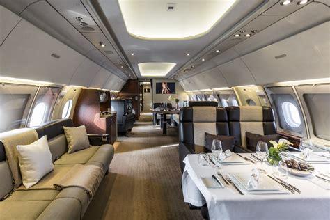 AIRBUS ACJ318 ELITE   Airbus A318 Elite VVIP 19 SEATS