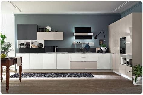 pareti colorate in cucina colori pareti osare per credere tendenze casa