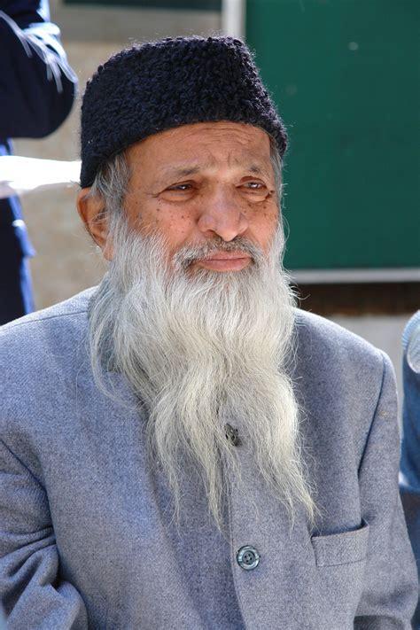 biography of famous personalities of pakistan abdul sattar edhi wikiwand