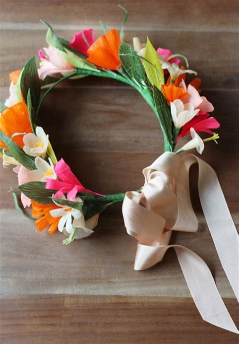 How To Make A Flower Crown With Paper - delicate diy paper flower crown styleoholic