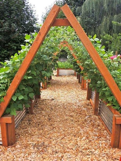 best raised garden beds best 25 garden beds ideas on pinterest raised garden