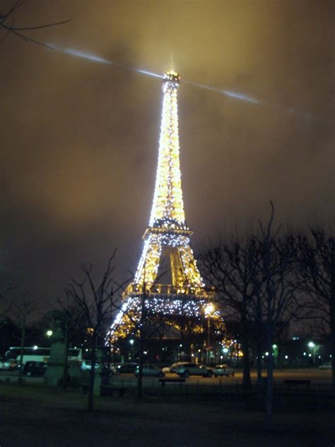 Eiffel Tower Light Show by Panoramio Photo Of Eiffel Tower Strobe Light Show