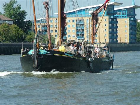thames river shipyard ship on the river thames nen gallery