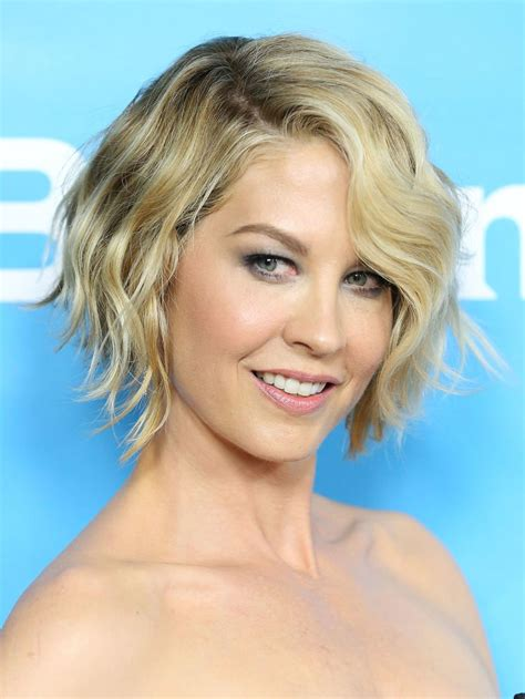 short hairstyles   oval  square faces