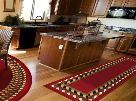 kitchen floor runners 1000 ideas about kitchen runner on kitchen