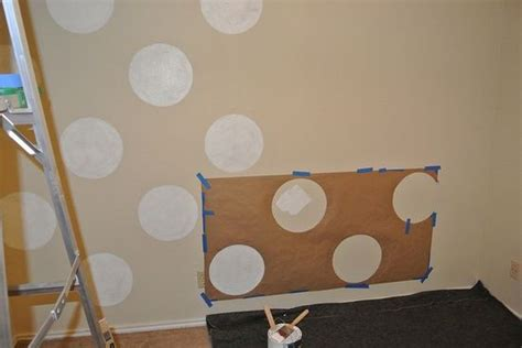 how to paint polka dots on bedroom walls how to paint polka dots on walls paint and wallpaper