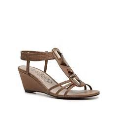 new york transit shoes new york transit greetings wedge sandal dsw