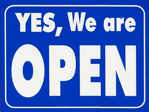 open closed plastic sign 13500 case geographics australia