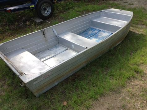 10ft flat bottom aluminum jon boat 10ft 196x aerocraft v 10 aerocraft boats