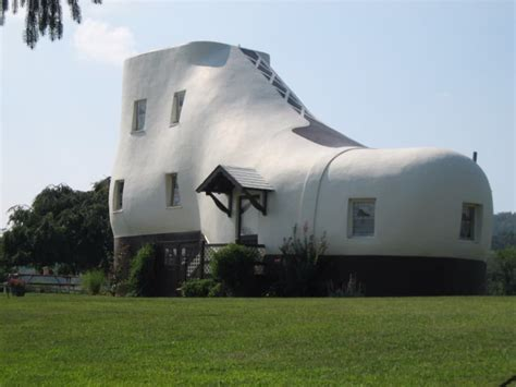 weird house 19 strange and unusual homes around the world page 4 of 5