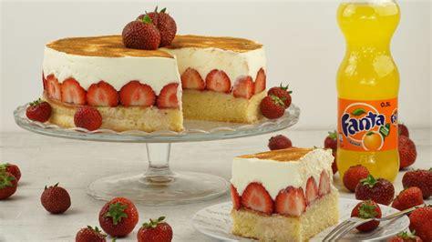 erdbeeren kuchen fanta kuchen mit erdbeeren rezept mit bild evas