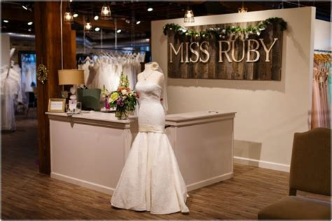 Bridesmaid Boutique Milwaukee - milwaukee s top bridal shops and the amazing that