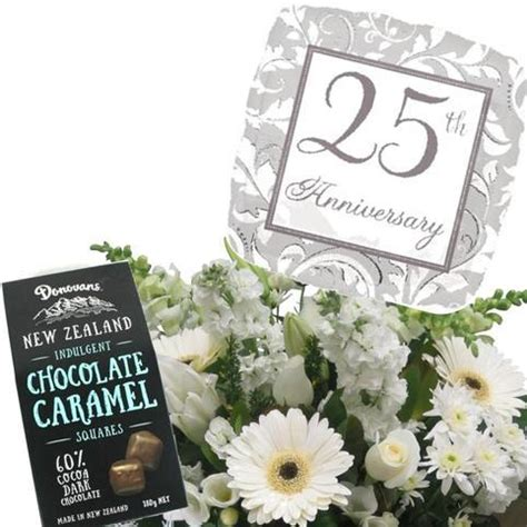 Wedding Anniversary Gifts Delivery by Wedding Anniversary Gift Package Free Flower Delivery