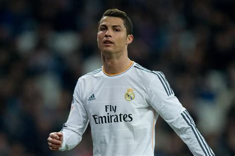 cristiano ronaldo biography book 2014 top 10 hottest soccer players 2015