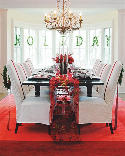 candy cane inspired dining room