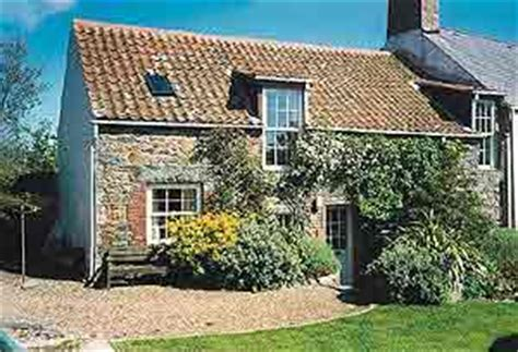 guernsey cottage cottages channel islands guernsey the dower st