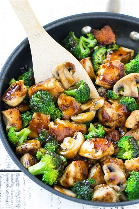 chicken and broccoli stir fry dinner at the zoo