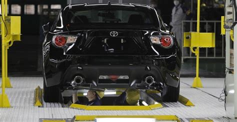 toyota rav4 manufacturing plant toyota to expand rav4 production to cambridge