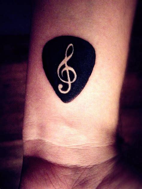 think tattoo guitar on wrist i think i want frankie s