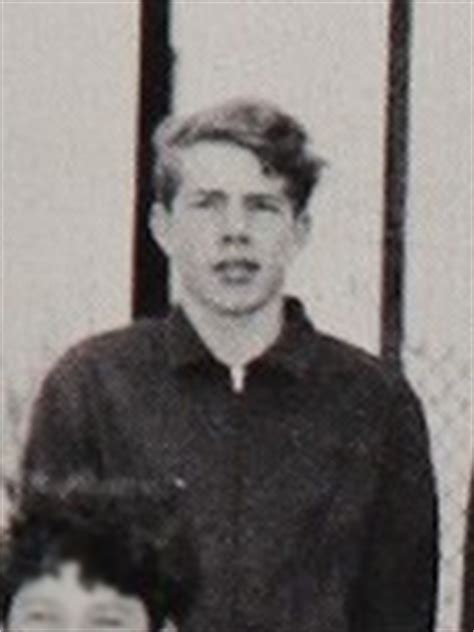 Hs Bruce Willis Vts bruce willis yearbook photo school pictures classmates