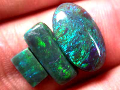 Black Opal 3 70ct black opal 3pc 4 70ct b429