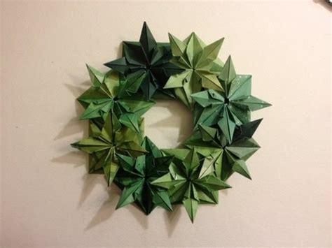 Origami Wreath - wreath 25 days of origami day 17