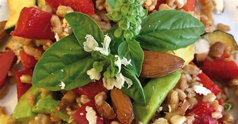 fiori di basilico insalata di farro in 10 minuti se clicchi ti spiego come
