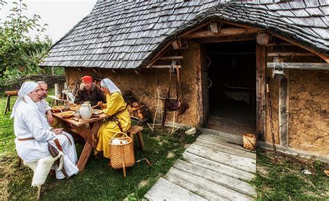 Mittelalter Wohnen living history geschichte leben und erleben