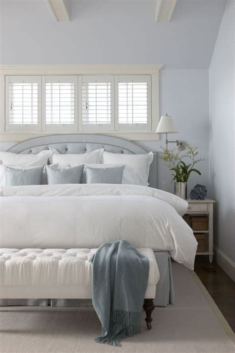 white bedding with accent pillows 20 ways to make a bed centsational style