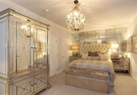 hayworth bedroom collectionbrookes blonde reality mirrored pros and cons of a mirrored bedroom set home interiors