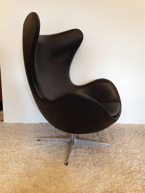 arne jacobsen vintage egg chair for fritz hansen at 1stdibs