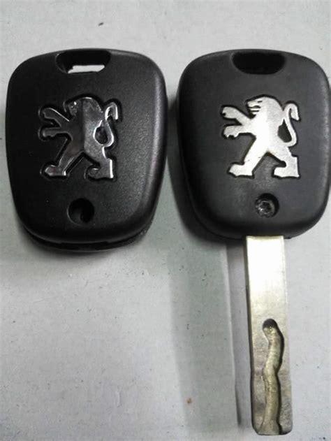 Remot Alarm Xenia ahli duplicat kunci mobil immobilizer kediri jawa timur