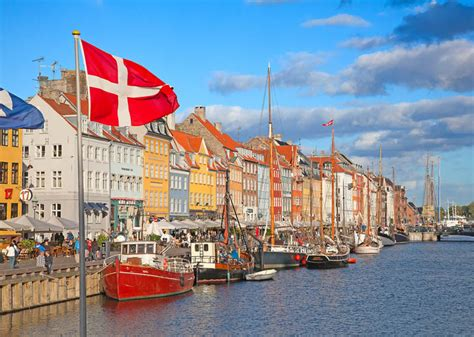 copenhagen the best of copenhagen for stay travel books copenhagen s top ten attractions wyza australia