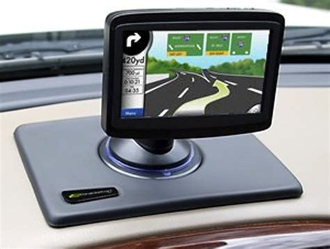 Thinner More Portable Gps by Bracketron Nav Mat Ii Thin Portable Gps Dash Mount Trinoodle