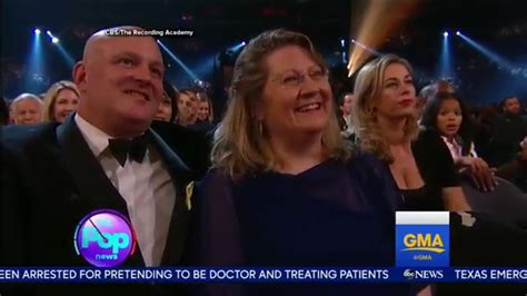 ed sheeran mom not ed sheeran s parents at the grammys youtube