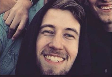 alan walker born alan walker music producer height weight age body