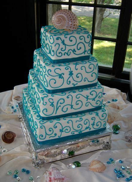 teal wedding cake   The Smart Bride