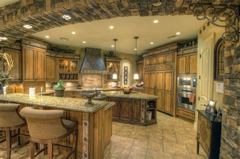 Kitchen Designs And More Luxury Kitchens Luxury Estate Kitchen Jpg Designer Kitchens Luxury Kitchens