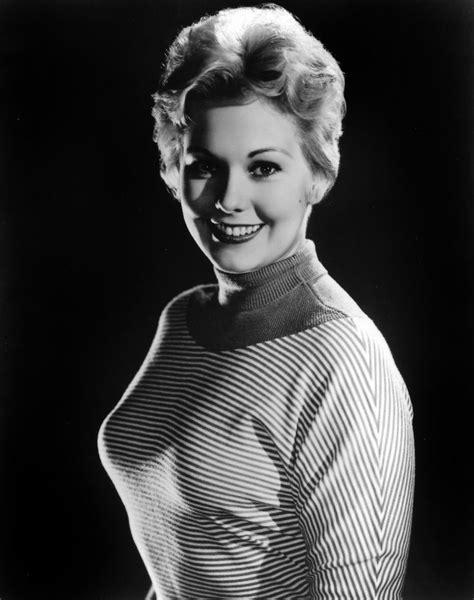 kim novak kim film noir photos sweater girl kim novak