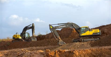 volvo machines deliver  time saving   runway construction  bangalore airport