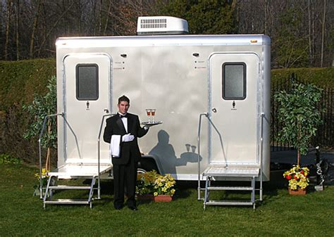 Rental Bathrooms For Weddings My Wedding Is Outdoors But What About The Bathrooms Got 252 Go