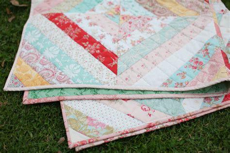 Quilt Handmade - vintage floral quilt 187 loganberry handmade