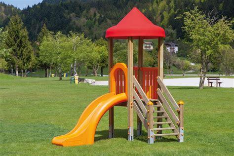 Treppenaufgang Außen Haus Garten by Spielturm Din En 1176 171 Aladin Mit Rutsche Xa100