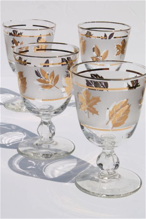 leaf pattern wine glasses vintage golden foliage gold leaf pattern libbey glasses