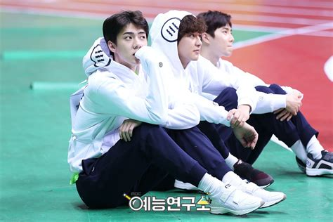 exo isac photo behind the scenes of isac 2017 40 pics