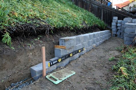 retaining wall to level backyard retaining walls thistledog s farm