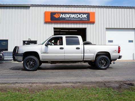 Wheels Chevy Silverado 2 2005 chevrolet silverado 2500 hd 18x9 fuel offroad toyo