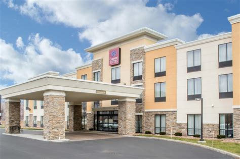comfort inn and suites syracuse comfort suites cicero syracuse north at 5875 carmenica