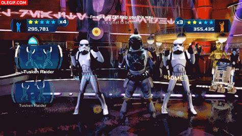 gif baile en una fiesta de star wars gif 2958